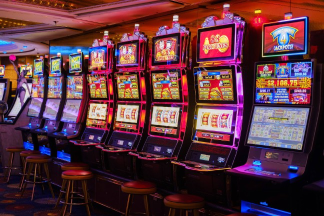 Play The Best Slot Machines For Free