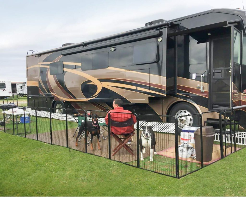 Ideal Mobile Pet Fences For Outdoor Camping As Well As Outdoor Activities