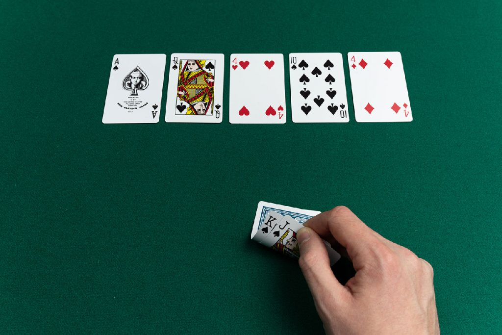 Revolutionize Your Poker Casino With These Simple-peasy Tips